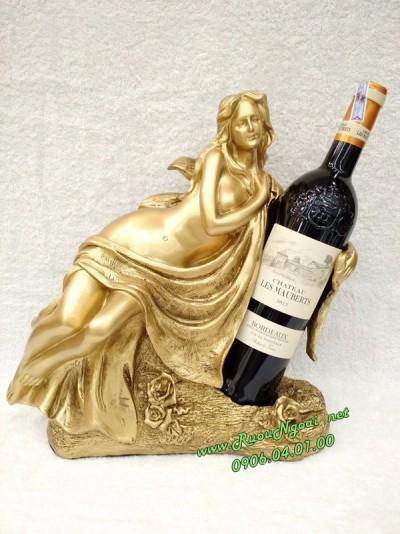 Kệ Rượu Thiếu Nữ Ôm Vang